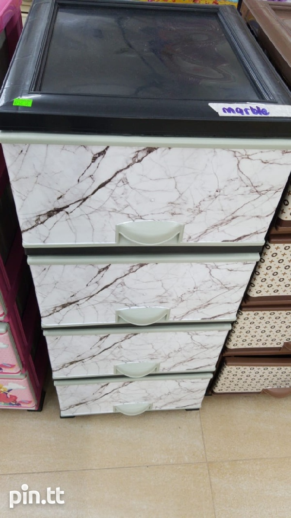 Plastic Chest of Drawers-1