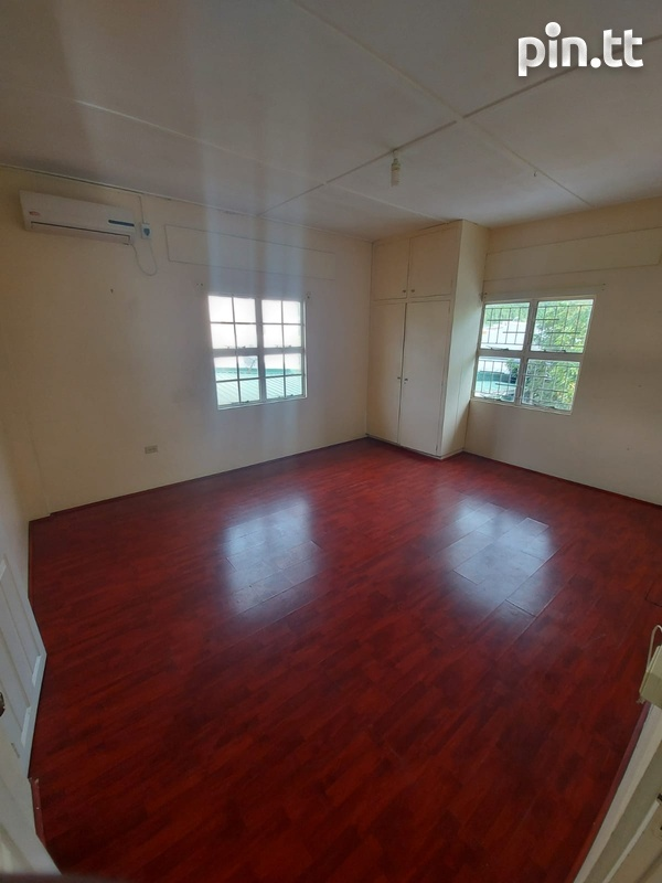Spacious, modern two bedroom apartment-1