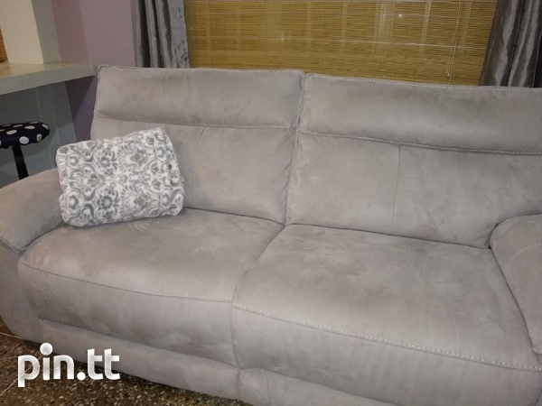 Reclining Couch-Almost new.-4