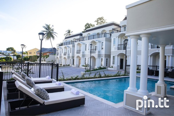 Luxury Townhouses At Château De Chantilly Early Maraval-8