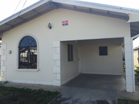 Private dwelling house with 3 bedrooms