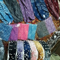 Yoga bands n headbands n pearl bandoos with button for your mask
