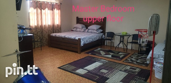 3 bedroom house with commercial space-4