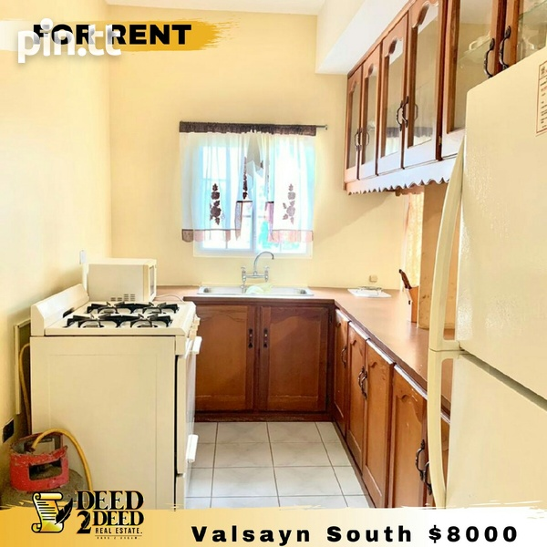 FULLY FURNISHED 2 BEDROOM APARTMENT, VALSAYN SOUTH-1