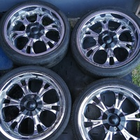 6 Hole Rims and Tyres