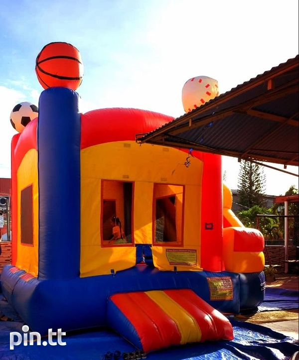 Sport themed bounce and slide bounce house-2