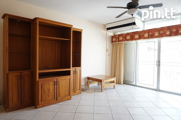 Highpoint Townhouse with 2 Bedrooms, Westmoorings-6