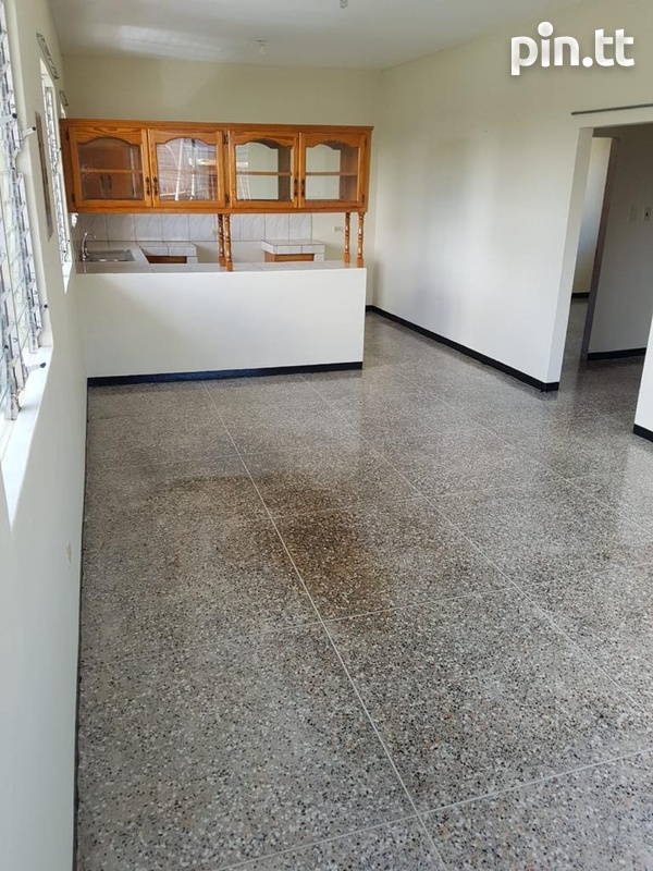 CUREPE 2 BEDROOM UPSTAIRS UNFURNISHED-1