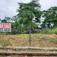Huge Lot In South Street San Fernando