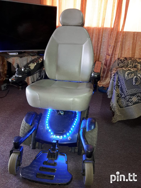 jazzy electronic wheelchair-1