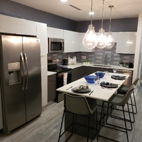 Luxurious two bedroom modern apartment CARENAGE