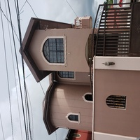 Coconut Drive House in residential area. Near all amenities. Secured parking.