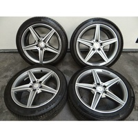 Genuine Staggered 18-inch Benz C-Class AMG W205 Alloy Wheels And RunFlat Tyres