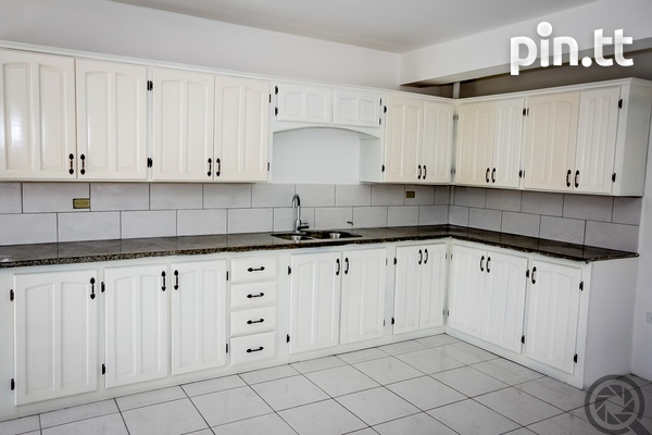 DOWNSTAIRS 2 BEDROOM APARTMENT IN PENCO LANDS-6