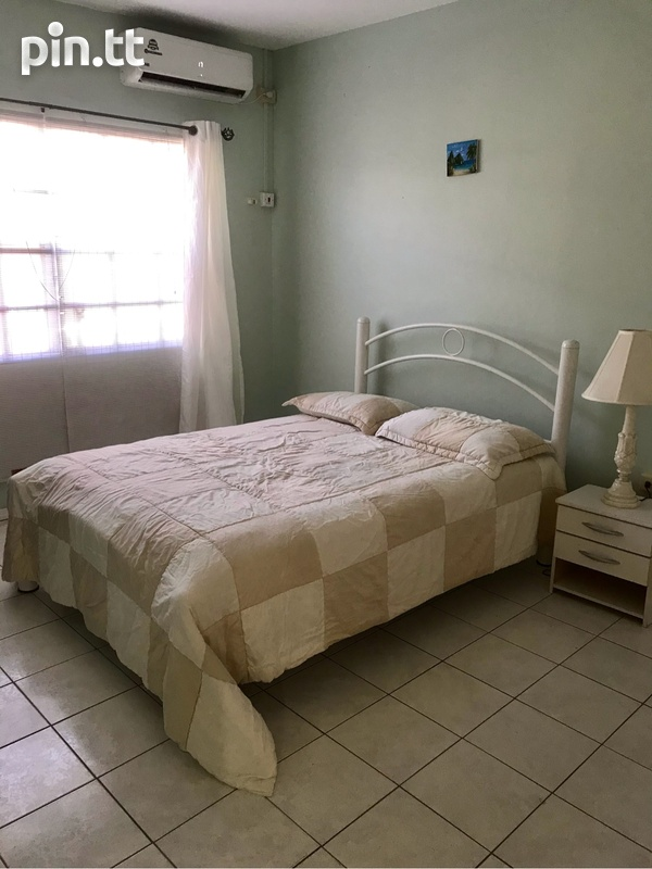 Gulfview Flat House with 3 Bedrooms-5