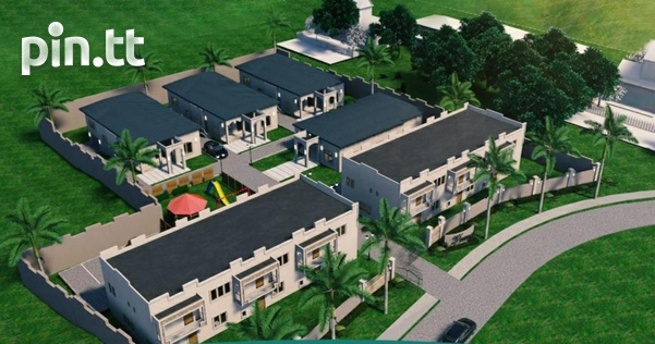 Luxurious 3 bedroom South homes in gated community.-1