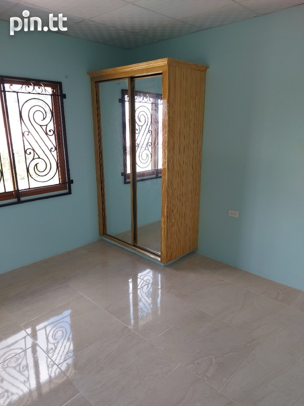 New unfurnished 2 bedroom apartment in Barataria-4