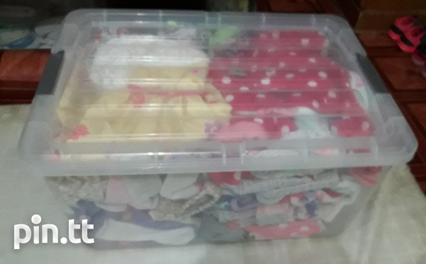 Large and small storage containers-4