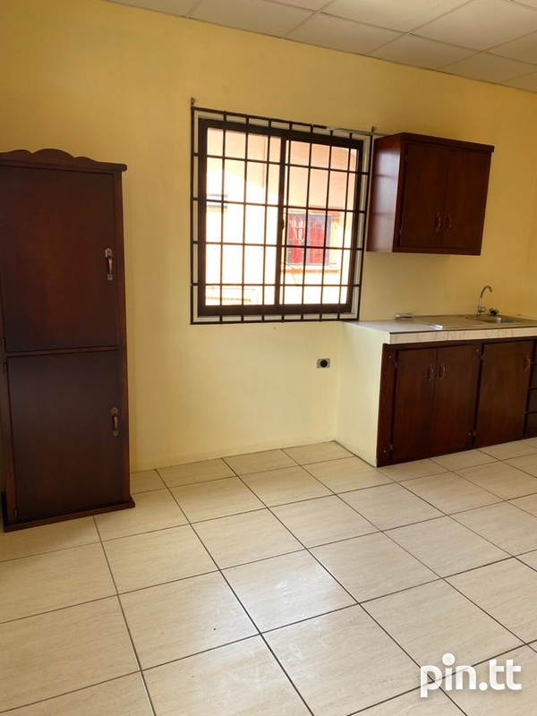 1 Bedroom Apartment including electricity-1