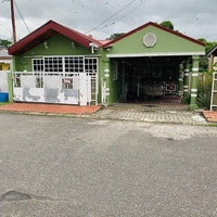 House with 5 Bedrooms Pine Ridge Heights