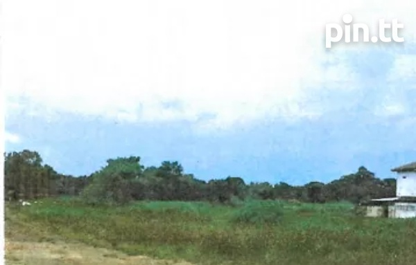 9380 SQ FT PLOT OF LAND CUNUPIA ,CASH BUY ONLY-3