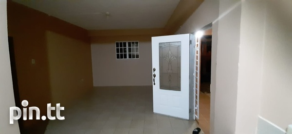 Unfurnished 2 bedroom apartment in Roystonia behind Couva Convent.-4