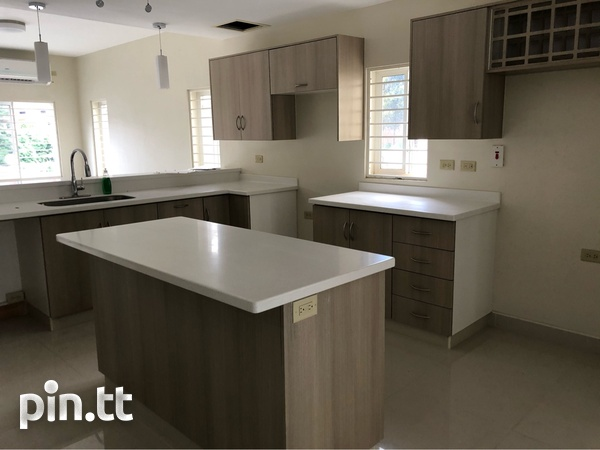 Four Level Townhouse - Port Of Spain-4