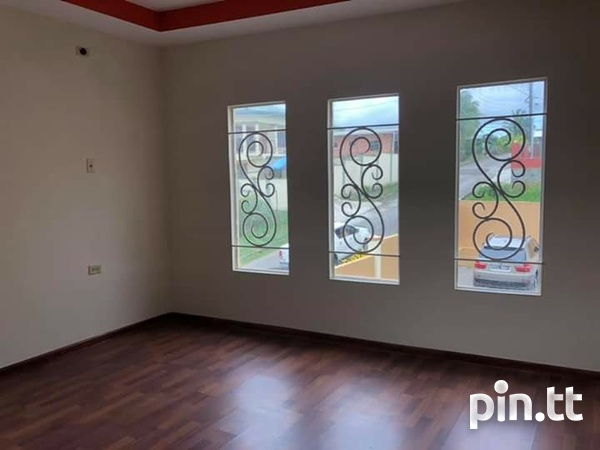 Secure and Peaceful 3 Bedroom Townhouse In San Fernando-7