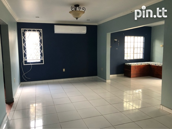Vistapark Townhouse with 3 Bedrooms-3