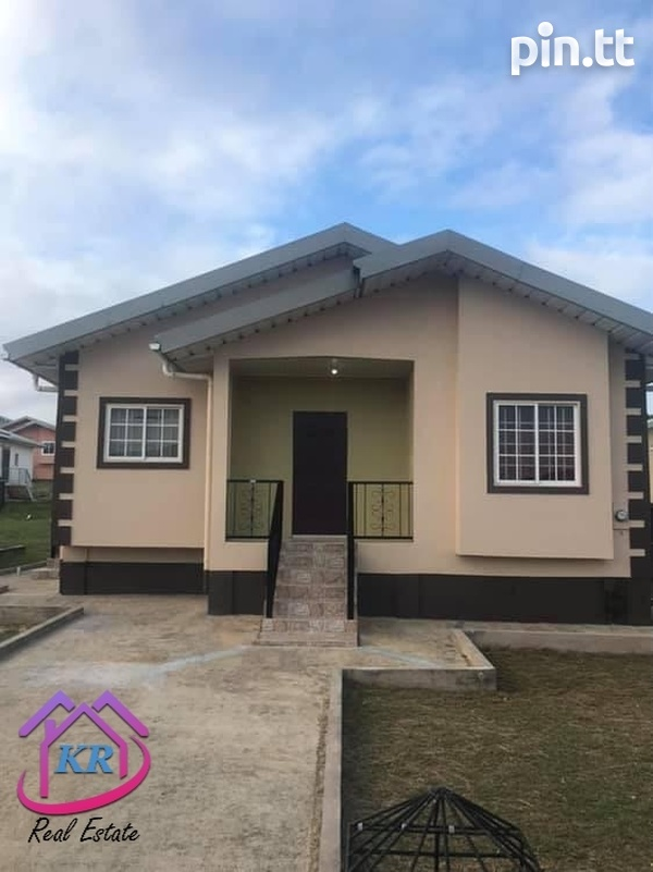 Union Hall 3 bedroom house-1