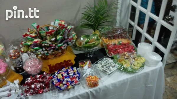 Customised Candy Buffets-5
