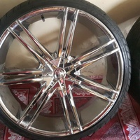 22inch five hole rims and tyres