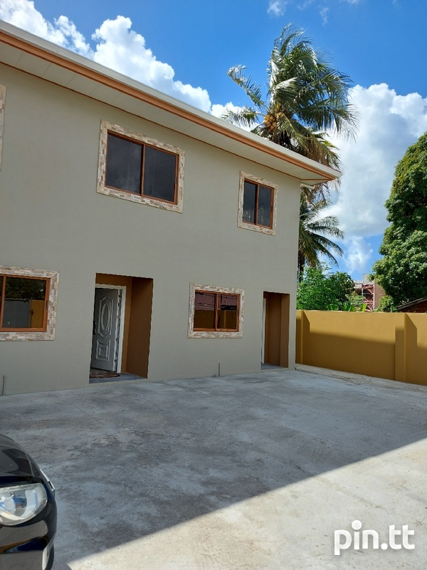 New unfurnished 2 bedroom apartment in Barataria-3