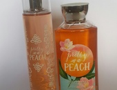 Bath and Body Works Fragrance Body Mist and Body Wash 2 piece gift set
