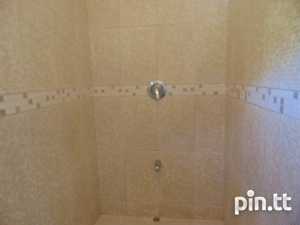 CASCADE UNFURNISHED 2 BEDROOM APARTMENT-10