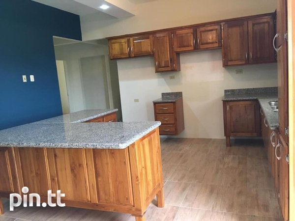 Claxton Bay 3 Bedroom House-8