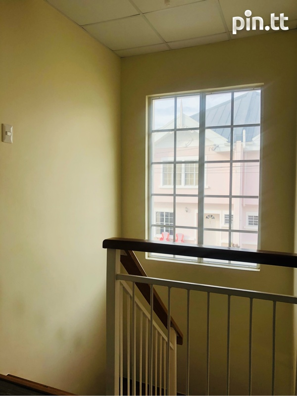 Brentwood 3 Bedroom Townhome-8