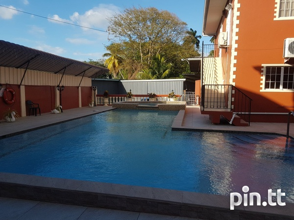 Allan Lucky Street, Bel Air Extension Townhouse with 3 Bedrooms-2