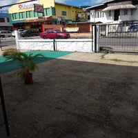 Huge EMR Tunapuna space with parking