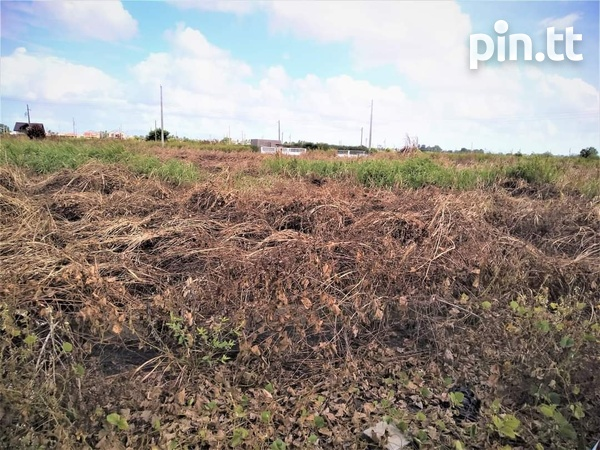 1 LOT OF LAND FINAL APPROVALS CAMDEN COUVA LEASE HOLD