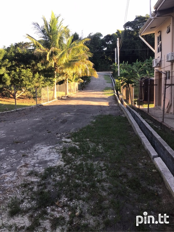 2 lots Renn Avenue La Romain just off Palmiste Boulevard .-1