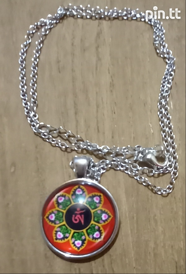 Glass Dome Hindu Sign Pendant and chain-6