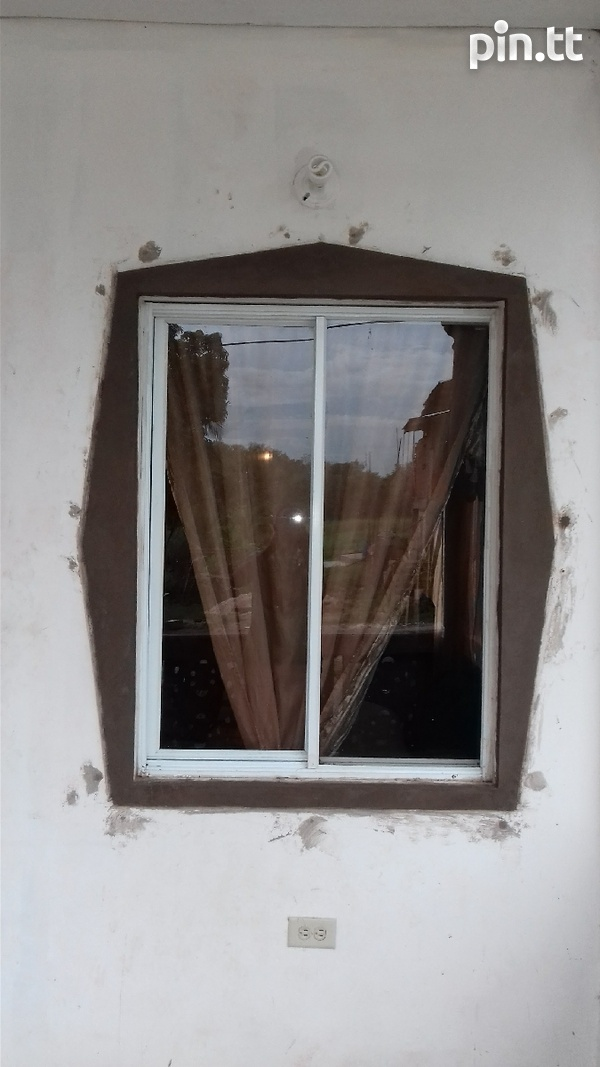 Window mouldings and painting-2