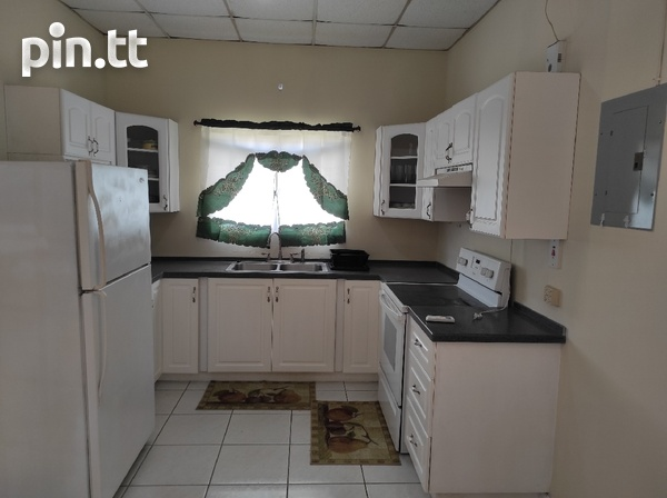 Dinsely Courts, Safe Community House with 3 Bedrooms-5