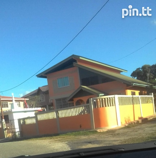 Whiteland House with 5 Bedrooms-1