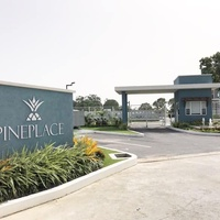 Pinewood Place Condominium with 3 Bedrooms