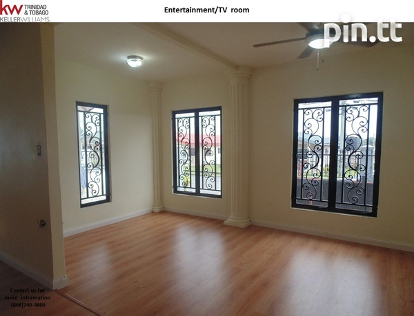 Brazil/Jai Court - Spacious, Comfortable & Elegant Home with Commercial Addition-5