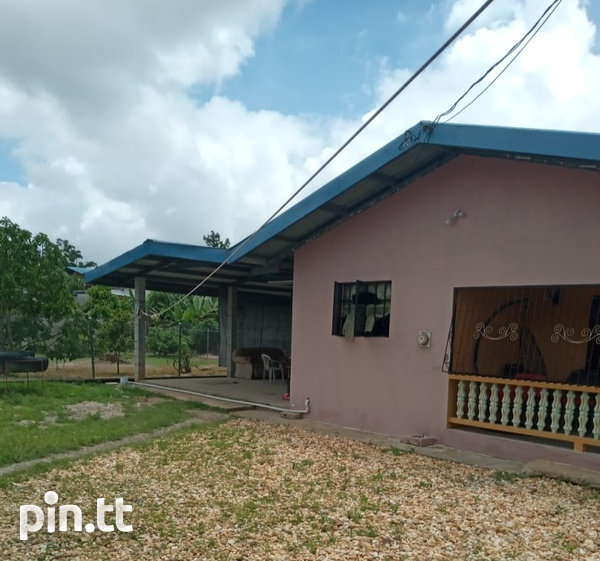 Two houses with three bedrooms each, Brazil Village-3