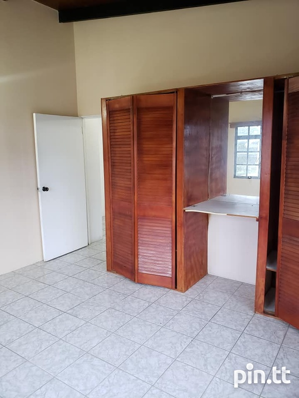 ARIMA SPACIOUS APARTMENT WITH 2 BEDROOMS-6