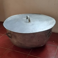 Large iron pot and cover
